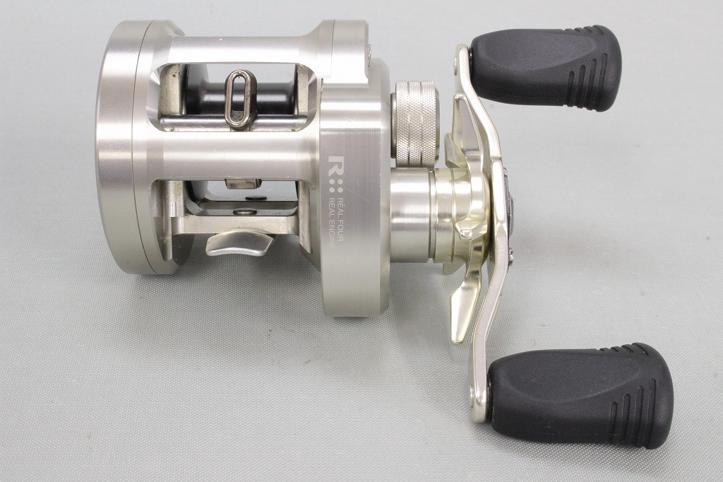 Мультипликаторная катушка daiwa ryoga 2020-hl baitcasting reel for light jigging