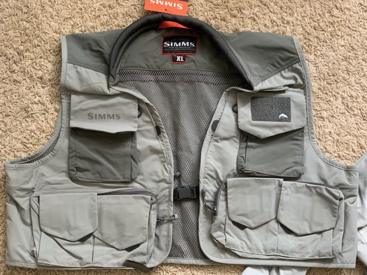 Жилет simms freestone fishing vest отличная цена!